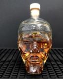 Botti e Alambicchi, Bottiglia a forma di teschio di Pirata 50 cl con tappo